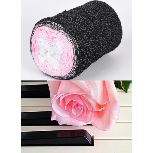 черно, розово, бяло