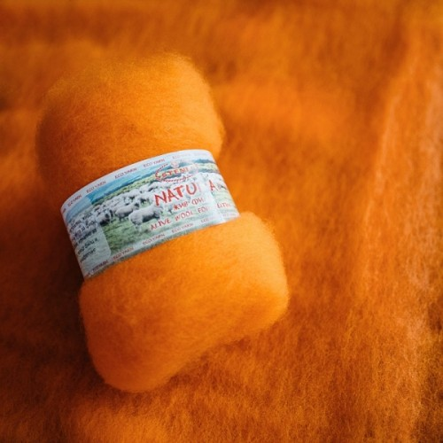 Natura /alive wool for felting/